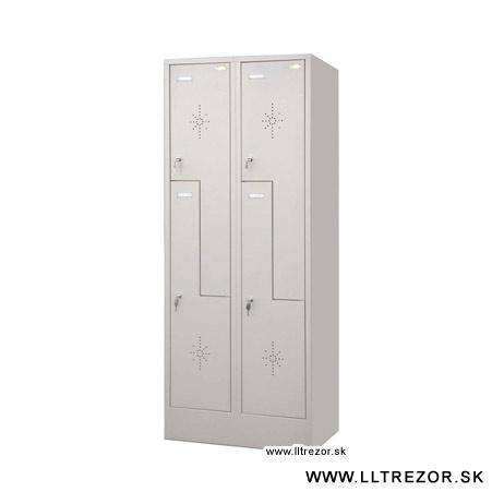 """EURÓPA šatníková skriňa """"Z"""" dverami"""